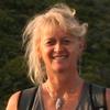 Leonie Mac Lean