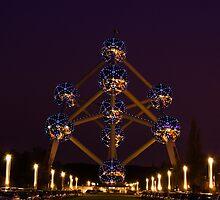 Atomium - Brussels, Belgium by Ulla Jensen