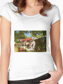 Waikiki waterfall, Honolulu Women's Fitted Scoop T-Shirt