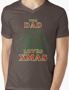 This Dad Loves Xmas Mens V-Neck T-Shirt