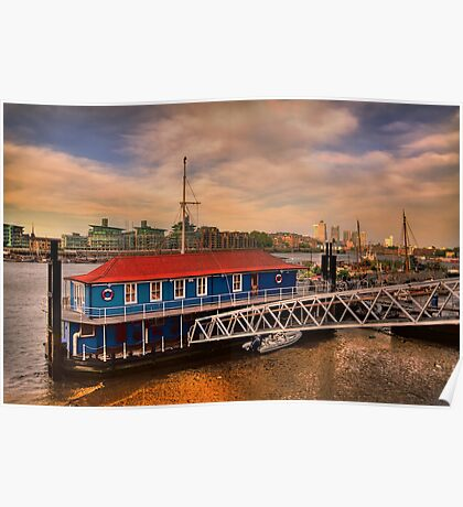 Sunset over Thames river Poster