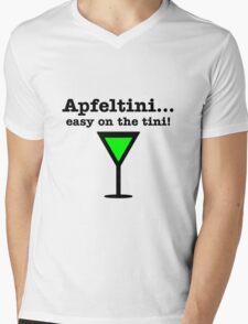 Apfeltini... Easy on the tini! Mens V-Neck T-Shirt