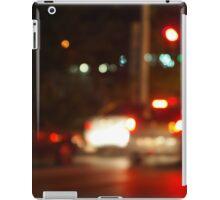 Blur and defocused lights on the stream of cars iPad Case/Skin