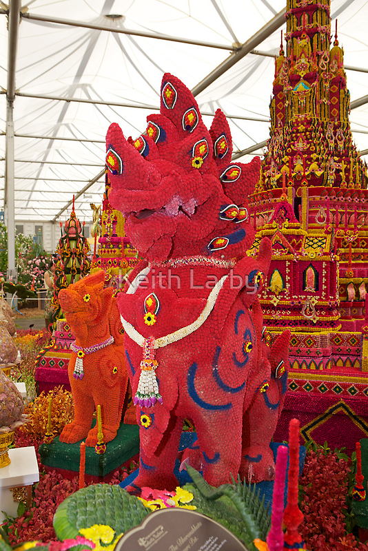 A Thai entry at the chelsea flower show 2011 by Keith Larby