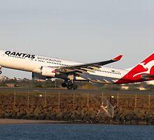 Qantas VH-EBB by George Grimekis