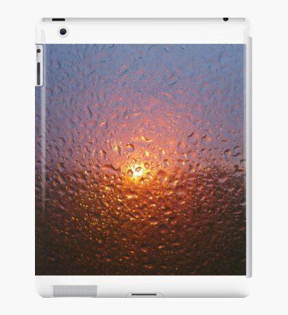 Sunset through rain - joy through tears iPad Case/Skin