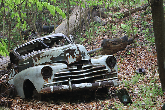 May Old Motor Car by Thomas Murphy