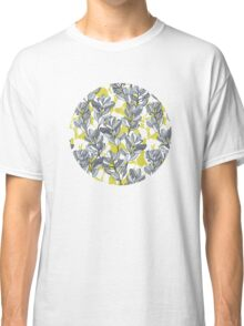 Leaf and Berry Sketch Pattern in Mustard and Ash Classic T-Shirt