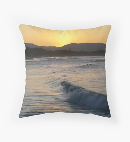 Byron sunset Throw Pillow