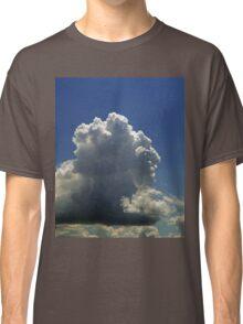 ©HCS Catellanus Face To The North IA. Classic T-Shirt