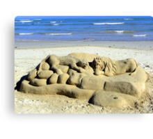 The lonely beach sculptor Canvas Print