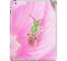 Green Metallic Bee iPad Case/Skin
