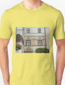Facade, home of G.D. Thomas Beniczky T-Shirt