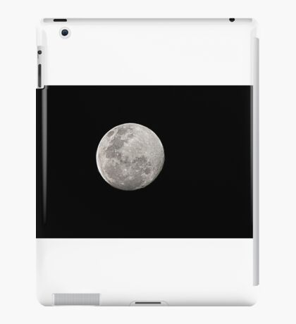 The Moon 28.08.2015 about 7pm iPad Case/Skin