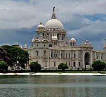 Victoria Memorial by idsu