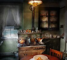 Chef - Kitchen - 1908 kitchen by Mike  Savad