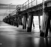 Port Noarlunga by Darryl Leach