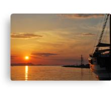 mellow harbour sunset Canvas Print