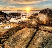 Umina Sunrise Sunrays by Jason Ruth