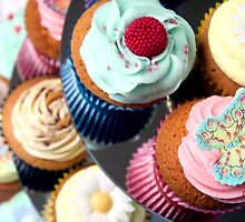 Cupcake Tier - lots of lovely cupcakes by kipstar
