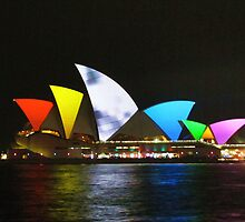Vivid Sydney Opera House by Michael Vickery