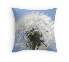 witte pluizenbol Throw Pillow