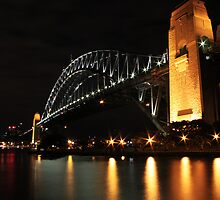 Sydney Harbour Bridge. by johnkcoghlan