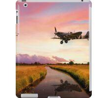 Spitfires Return iPad Case/Skin