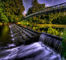 Blanford Weir by banny