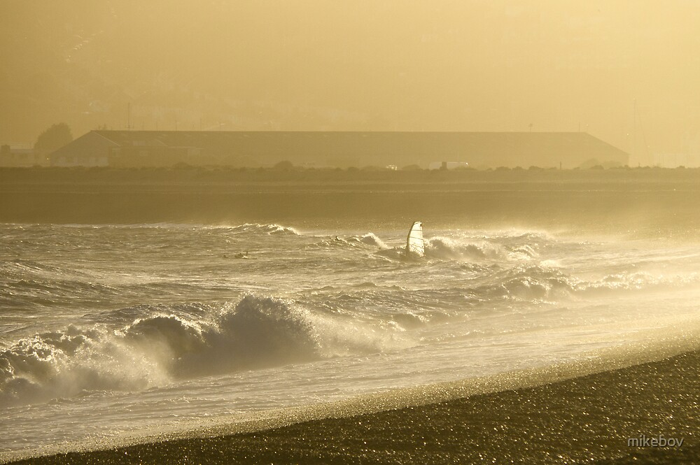 Sunset Surf at Seaford Bay by mikebov