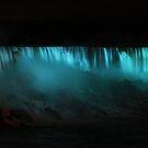 Niagara falls by night by EblePhilippe