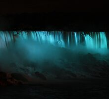 Niagara falls by night by EblePhilippe