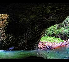 Natural Arch, Queensland, Australia by billypump