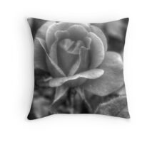 How many petals? Throw Pillow