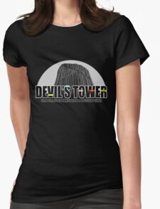 Devil's Tower Extra-Terrestrial Immigration & Processing Centre T-Shirt