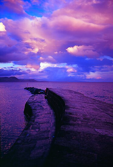 Harbour wall in the evening by Michael Schmid