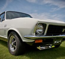 White LJ GTR-XU1 Torana by Clintpix