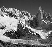 Cerro Torre by Roantrum