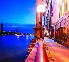 London Riverside at Night by DavidGutierrez