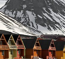 Longyearbyen houses by Algot Kristoffer Peterson