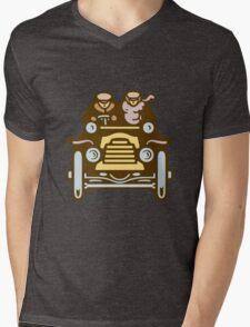 Vintage Traveller Mens V-Neck T-Shirt