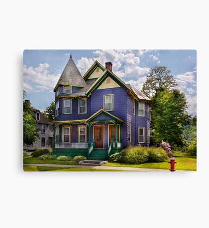 House - Victorian - Waterbury,VT - There lived an old lady who lived in a house Canvas Print