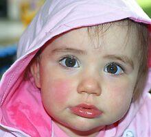 Chubby Cheeks by ambeelee