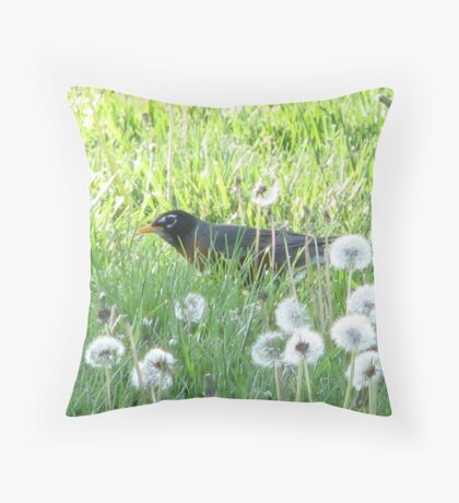 Cozy in the lion-patch Throw Pillow