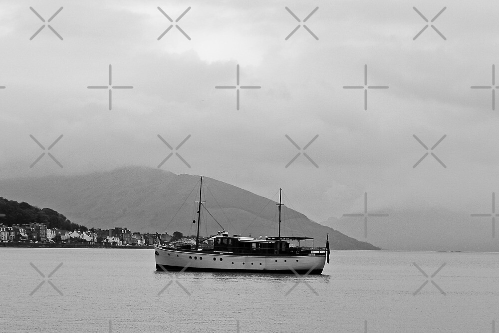 Cabin Cruiser Rothesay Harbour Isle of Bute by Paul  Sloper