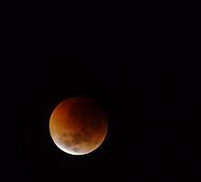 June 2011 Lunar Eclipse by Biggzie