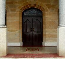 Grand entrance in Launceston by myraj