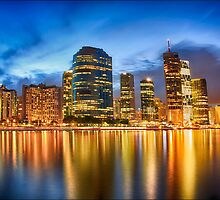 Dusk falls on Brisbane by Sharon Kavanagh