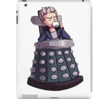 "Doctor Who - Capaldi On Davros ""Chair"" iPad Case/Skin"