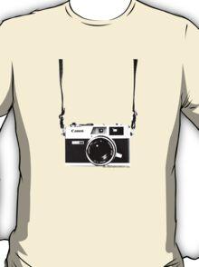 Vintage 35mm Rangefinder Camera Canon Canonet QL17 GIII T-Shirt